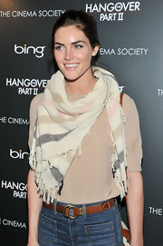 Hilary Rhoda styled her nude blouse with a multicolored striped scarf for the screening of 'The Hangover Part II.'
