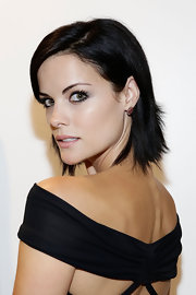Jaimie Alexander kept it casual yet cool with this short side-parted hairstyle.