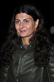 Giovanna Battaglia wore her hair in long, tight curls during the Givenchy fashion show.