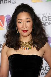 Sandra Oh went for a teased half-up hairstyle at the 2012 NAACP Image Awards.