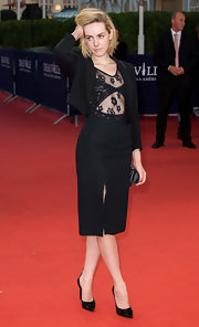 Jena Malone opted for a black skirt suit when she attended the Deauville American Film Festival premiere of 'Very Good Girls.'