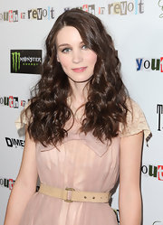 Rooney Mara cinched her dress with a beige leather belt for the premiere of 'Youth in Revolt.'