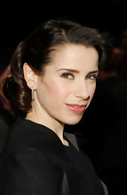 Sally Hawkins gave us vintage vibes with her short curly hairstyle at the 2009 Los Angeles Film Critics Association Awards.