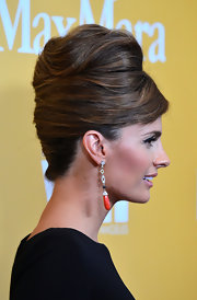 Stana Katic got majorly retro with this beehive when she attended the Women in Film Crystal + Lucy Awards.