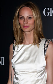 Lauren Santo Domingo chose a subtle yet sweet pink lip color to finish off her look.