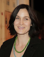 Carrie-Anne Moss sported a casual bob at the premiere of 'The Business of Being Born.'