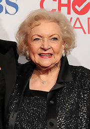 Betty White went for a curly bob at the 2012 People's Choice Awards.