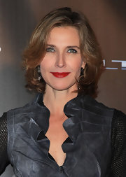 Brenda Strong opted for a classic bob when she attended the WTB Spring 2011 show.