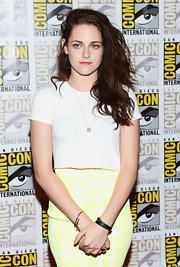 Kristen Stewart accessorized with a simple black leather bracelet at San Diego Comic-Con 2012.
