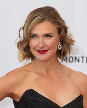 Brenda Strong looked darling with her short wavy 'do at the 2013 Monte Carlo TV Festival opening ceremony.
