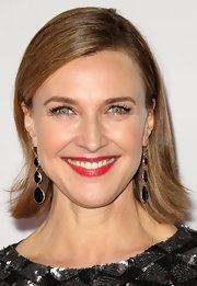 Brenda Strong sported a short side-parted hairstyle with flipped ends at the 'Desperate Housewives' final season kickoff party.
