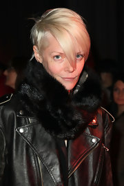 Kate Lanphear topped off her look in glam style with a black fur scarf during the Jason Wu fashion show.