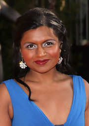 Mindy Kaling wore a romantic half-up hairstyle to the 2009 SAG Awards.