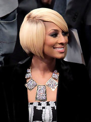 Keri Hilson looked retro-glam with her bob at the NBA All-Star Saturday Night.