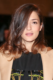 Eleonora Carisi wore a shoulder-length 'do with curly ends at the Philosophy by Natalie Ratabesi Fall 2013 show.