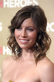Jessica Biel looked darling with her piecey waves and side-swept bangs at the CNN Heroes: An All-Star Tribute event.