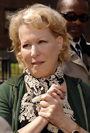 Bette Midler stayed casual with these short curls at the Earth Day event.