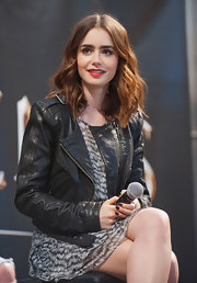 Black nails added an extra dose of edge to Lily Collins' look.