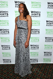 Tamika Catchings glammed it up in a black-and-white leopard-print one-shoulder gown for the Salute to Women in Sports event.