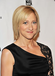 Edie Falco sported a sleek layered bob at the 2011 Gotham Independent Spirit Awards.