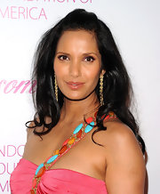 Padma Lakshmi looked gorgeous at the Blossom Ball wearing this high-volume 'do with wavy ends and pulled-back bangs.