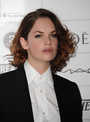 Ruth Wilson styled her hair into a curled-out bob for the 2011 Moet British Independent Film Awards.