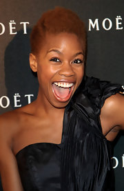 Tolula Adeyemi kept it natural with this short curly 'do at the Moet & Chandon: A Tribute to Cinema.