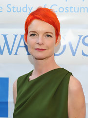 Sandy Powell looked super cool with her orange pixie at the 2012 Sketch to Screen celebration.