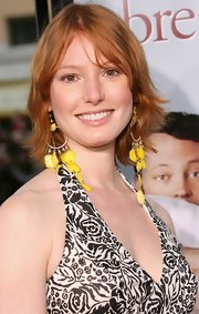 Alicia Witt went for a casual razor cut at the premiere of 'The Break-Up.'