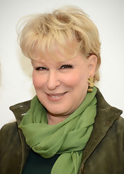 Bette Midler attended the Power Lunch for Women wearing her hair in a short cut with wispy bangs.