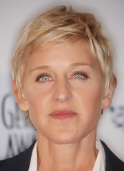 Ellen DeGeneres sported a stylish textured pixie at the 2009 Genesis Awards.