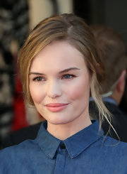 Kate Bosworth kept it relaxed with this loose ponytail at the Topshop Topman British Street Party.