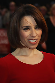 Sally Hawkins showed off a perfectly elegant bob at the world premiere of 'Made in Dagenham.'