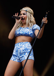 Pixie Lott was boho-sexy in a blue Prada baroque-print crop-top on day 3 of the Isle of Wight Festival.
