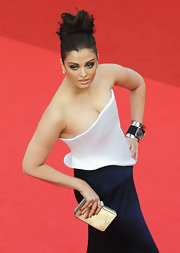 Aishwarya Rai caught our eyes with her statement cuff bracelet at the Cannes Film Festival premiere of 'Sleeping Beauty.'