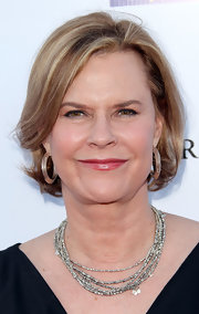 JoBeth Williams kept it ladylike with this bob at the Art Project Los Angeles.