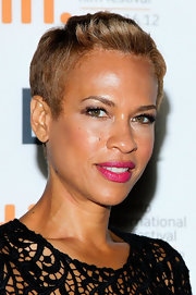 Tonya Lewis Lee looked edgy-chic with her fauxhawk at the TIFF premiere of 'Bad 25.'