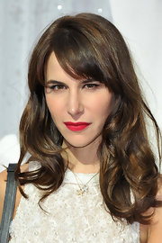 Caroline Sieber opted for a cute wavy hairstyle with side-swept bangs when she attended the Chanel fashion show.