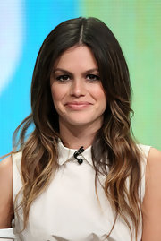 Rachel Bilson was a boho babe with this long center-parted wavy hairstyle at the Summer TCA Tour.