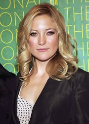 Kate Hudson looked glamorous with her bouncy blonde curls at the Fashion Group International's Night of Stars.