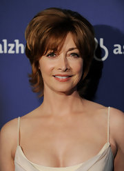 Sharon Lawrence looked retro-chic with her teased, layered cut at the 2010 A Night at Sardi's fundraiser.