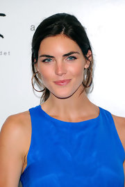 Hilary Rhoda didn't need much more than this simply ponytail to look oh-so-beautiful at the Bent on Learning benefit.