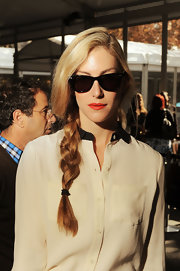 Joanna Hillman looked youthful and pretty wearing this loose braid during Mercedes-Benz Fashion Week.