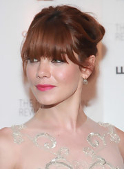 Michelle Monaghan kept it classic with a pair of diamond drop earrings at the 2011 Whitney Museum of American Art Gala.