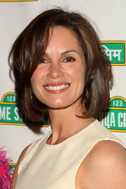 Elizabeth Vargas looked fab with her classic bob at the Sesame Workshop Gala.