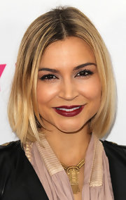 Samaire Armstrong looked simply lovely with her center-parted bob at the Nylon Magazine 12th anniversary issue party.