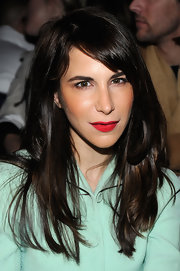 Caroline Sieber attended the Proenza Schouler fashion show wearing a simple side-parted 'do.