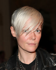 Kate Lanphear went for a rocker edge with this short platinum blond 'do at the Thakoon fashion show.