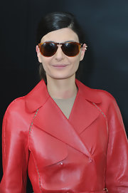 Giovanna Battaglia accessorized with a pair of tortoiseshell sunnies during the Chanel fashion show.