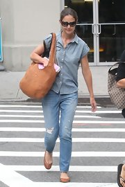 Brown ballet flats completed Katie Holmes' comfy ensemble.